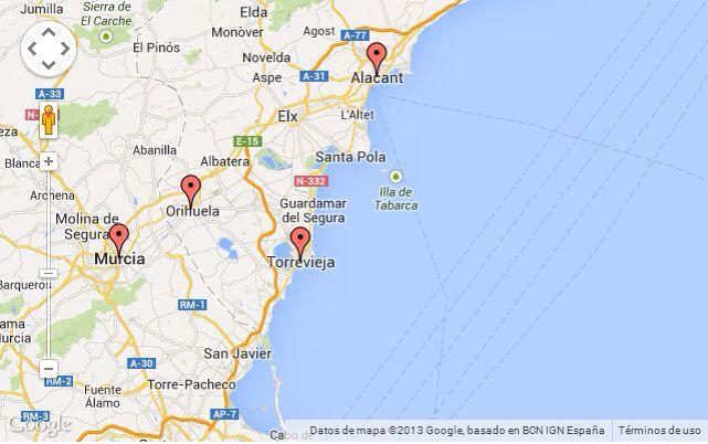 La Costa Blanca offre plus de 218 km de plages de sable fin et d'eaux paisibles. Torrevieja profite d'une longue côte de 4 plages: Playa del Cura, Playa de los Locos, Playa la Mata et Playa de los Náufragos.