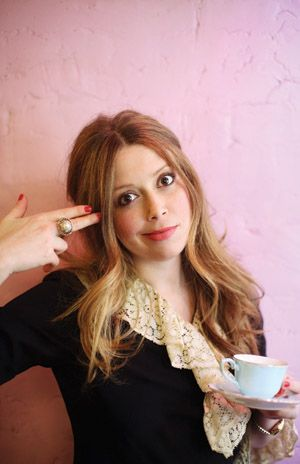 Natasha Lyonne! Links to 2009 article.