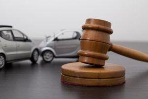 Il existe des portais en ligne dédiés au renseignement juridique gratuit pour vous offrir les services d'un avocat en ligne.  http://www.monconseillerjuridiqueenligne.com/renseignement-juridique-gratuit/