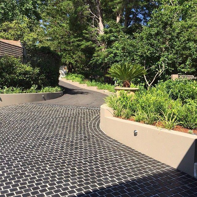 Amber Tiles Kellyville: pinned from Instagram. Midnight granite cobble driveway. #drivewayinspiration #granite #naturalstone #ambertiles #ambertileskellyville