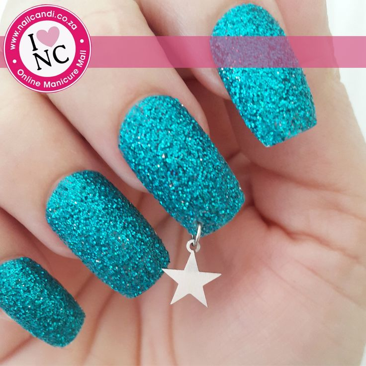 Piercings and Dangles - Star charm