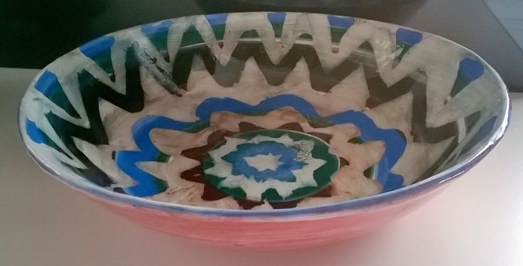 πιατέλα με φύλλο. διακόσμηση με πυροχρώματα, κερί και latex