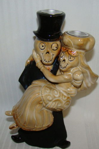 One of the main inspirations for our wedding. Our love of Boney bunch figures <3