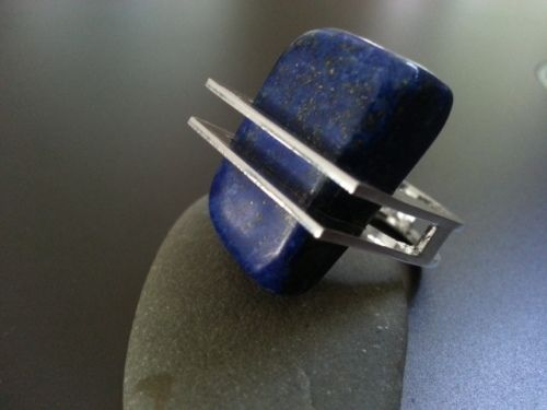 Rowena Mitchell, Australia: 'REM Jewellery'. Square Lapis Lazuli Sterling Silver Ring
