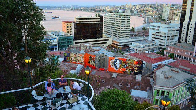 Imágenes - Hotel Brighton en Valparaíso, Restaurant Pub Cerro Concepción, Chile