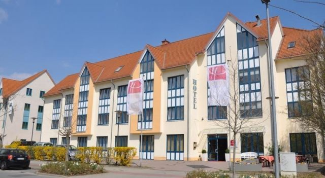 City Hotel Aschersleben - 3 Star #Hotel - $66 - #Hotels #Germany #Aschersleben http://www.justigo.me.uk/hotels/germany/aschersleben/city-aschersleben-ehemals-big-moon_222174.html