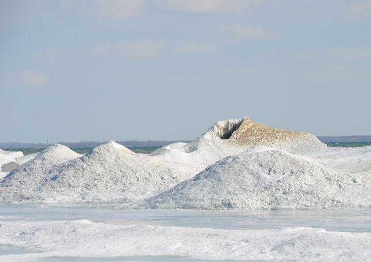 Ice Volcanoes at Presqu'ile Provincial Park (Photo Credit: Chelsea McPherson)