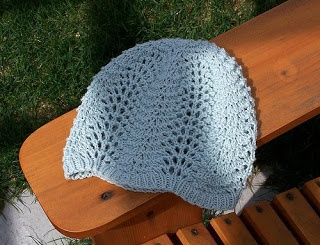 Knitting Pattern For Lace Snood : 1000+ images about Stricken: Mutzen,Hute... on Pinterest Cable, Stricken an...