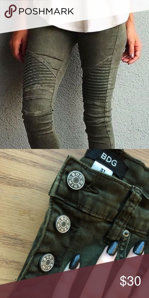 BDG Army Green Jeans High waisted textured army green jeans BDG Pants Ankle & Cropped