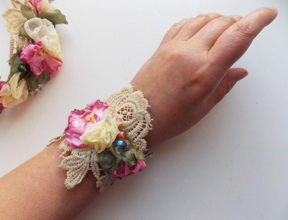 Floral Textile Art Bracelet Fabric Flower Bracelet от philadella