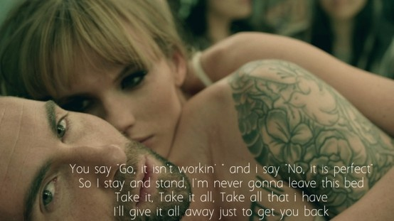 maroon 5-never gonna leave this bed.LOVE!