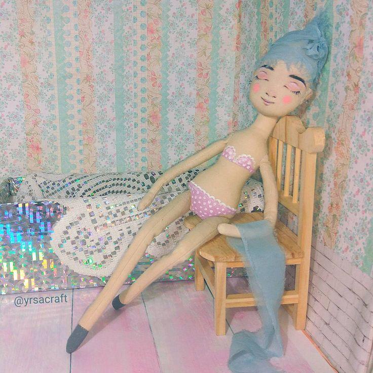 куколка ручной работы в купальнике. Подарок на Новый Год, День Рождения. Кукла малышка, трессы, милая девочка, розовый, декор интерьера, украшение квартиры и дома, yrsacraft, текстильная кукла, интерьерная кукла, купить подарок, авторская кукла, купитькуклу, кукла, handmade, игрушка, подарок для девочки, подарок для девушки, ручная работа, талисман, оберег, декор, дизайн интерьера, украшение интерьера, утренний свет, нежность