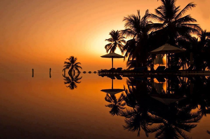 Oh so beautiful...: Maldives Sunsets, Travel Places, Amazing Hotels, Rangali Island, Conrad Maldives, Maldives Rangali, Maldives Islands, Sunsets Rangali, Al Mars