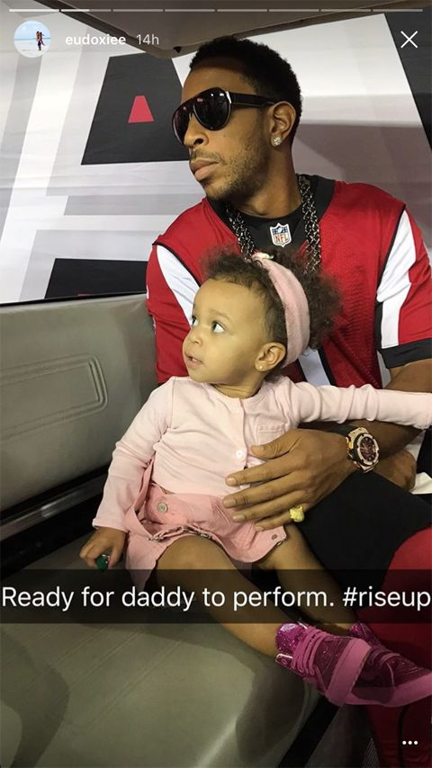 Cadence Bridges Cheers On Daddy Ludacris' NFL Halftime Performance Along With Usher & Michael B. Jordan + Falcons Owner Arthur Blank Is Way To LIT In The Locker Room