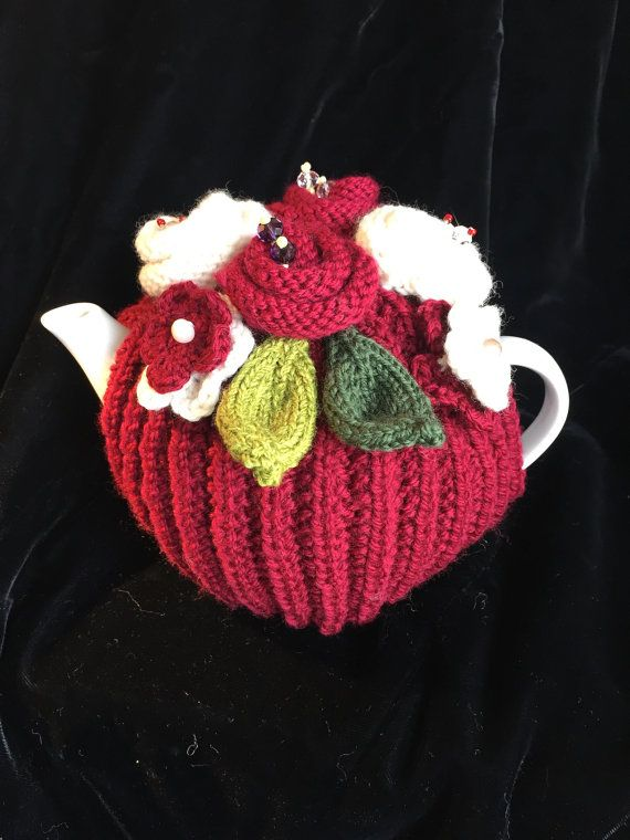 Rickety Gates Bespoke Hand Knitted Tea Cosy  2-4 cup