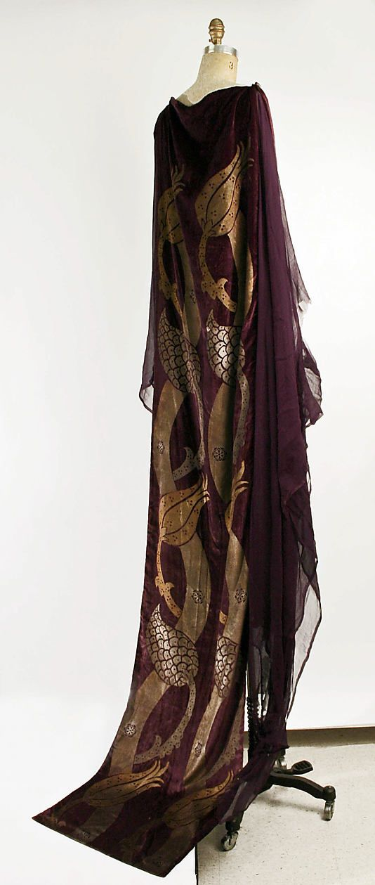 Mariano Fortuny (Spanish, Granada 1871–1949 Venice). Medium: silk, glass. The Metropolitan Museum of Art.  To see the source if this item click on the picture. Please also visit my Etsy shop LarisaBоutique: www.etsy.com/shop/LarisaBoutique