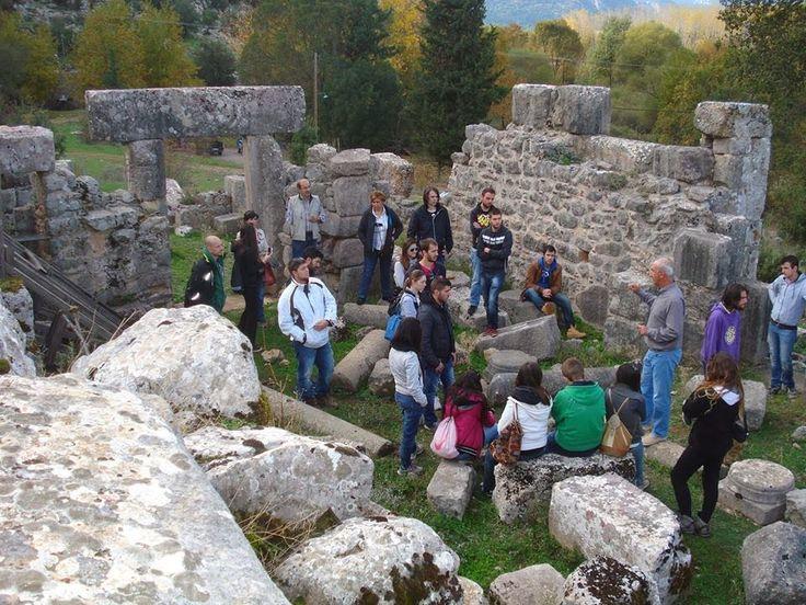 Τα ερείπια του βυζαντινού ναού της Παναγίας της Μαυρομαντήλας