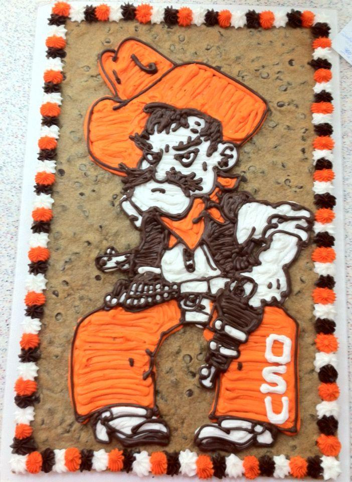 """Oklahoma State's """"Pistol Pete"""" cake."""