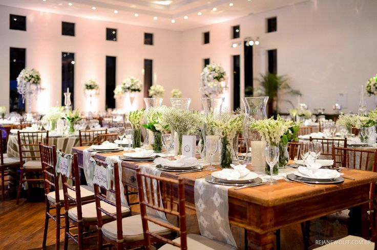 Decoração de casamento em tons de branco e verde. Decoração: Edilayne Ferraz   Foto: Rejane Wolff