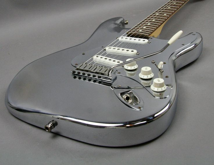 1994 FENDER STRATOCASTER GUITAR 40TH ANNIVERSARY ALUMINUM CHROME WITH CANDY RARE - Image 7