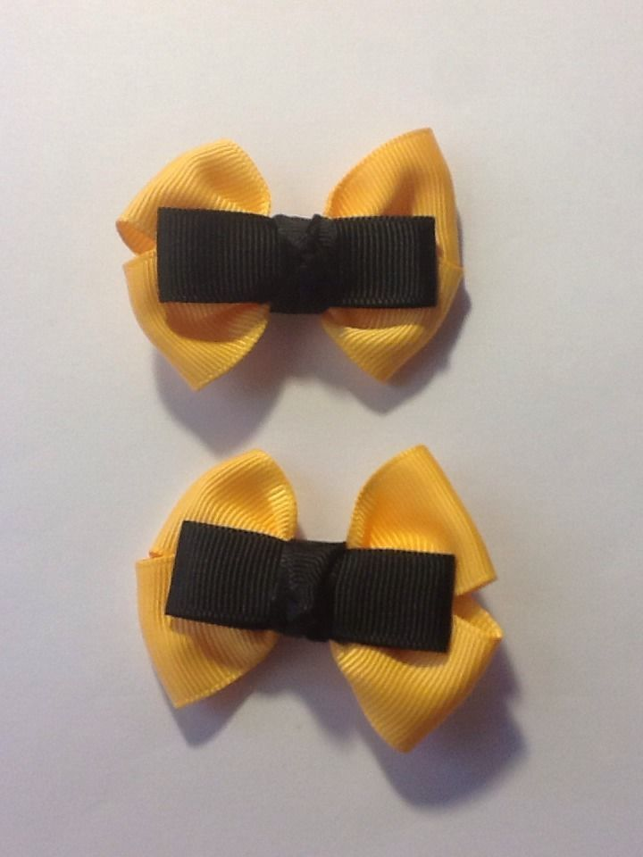 Madelienas Handmade - My Inspired EMMA Wiggle Bows Girls Hair Clips/ A Set - AU$4.00 a set