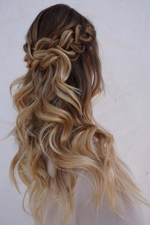 half up half down wedding hairstyles via heidimariegarrett 2
