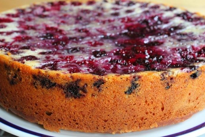 Blackberry Buttermilk Cake | CAKES | Pinterest