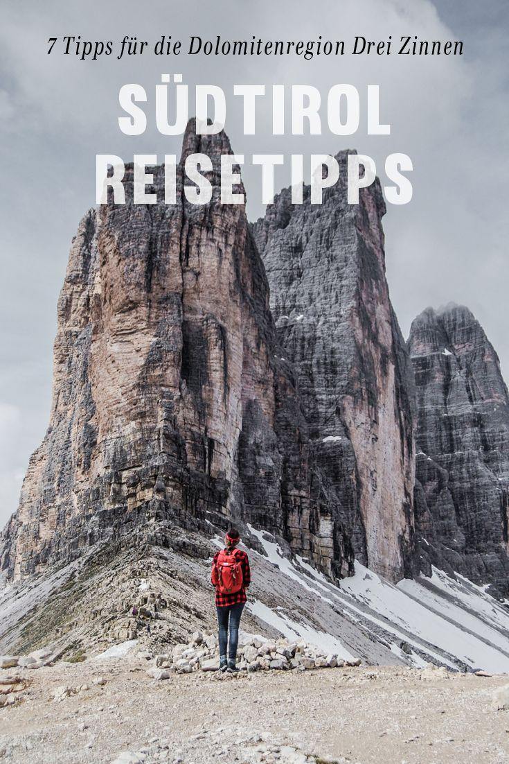 Ihr wollt ein neues Traumreiseziel entdecken? Die Dolomitenregion Drei Zinnen in Südtirol hat eine wunderschöne Berglandschaft und den schönsten See der Welt – den Pragser Wildsee. Besonders beeindruckend ist die Bergformation der Drei Zinnen. 7 Highlights für einen Urlaub in der Dolomitenregion Drei Zinnen in Südtirol gibt es auf www.lilies-diary.com