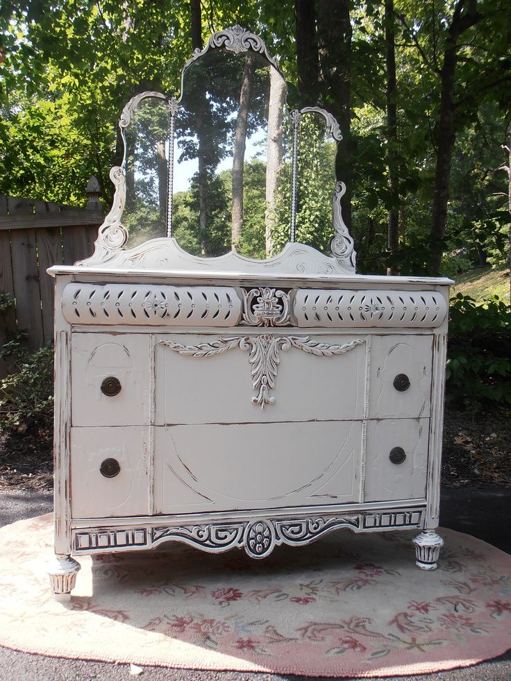 Gracies Cottage is a women in Mechanicsville who buys old beat up furnerature and re-does it shabby chic style and sells them at amazing prices...most pieces are under $200.00. When I get my own home I will furnish it with her things!