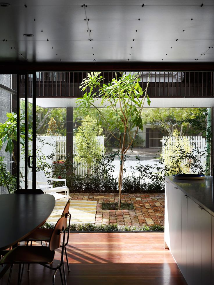 Oxlade Drive House,©  Toby Scott  Black Melamine wall/ceiling linings