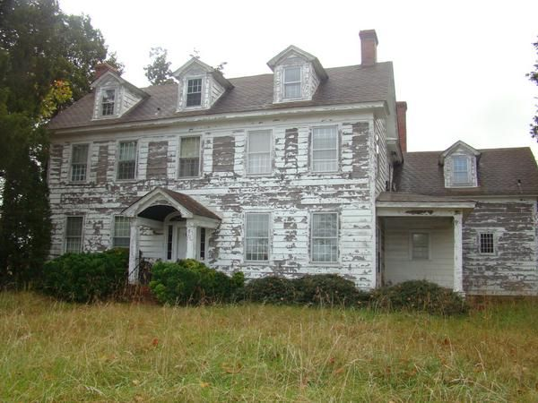 Abandoned plantation house in va southern plantation for Home builders in south ms