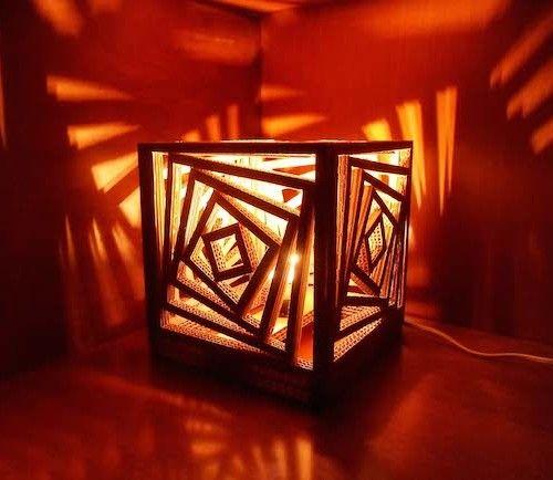 Come fare una lampada di cartone