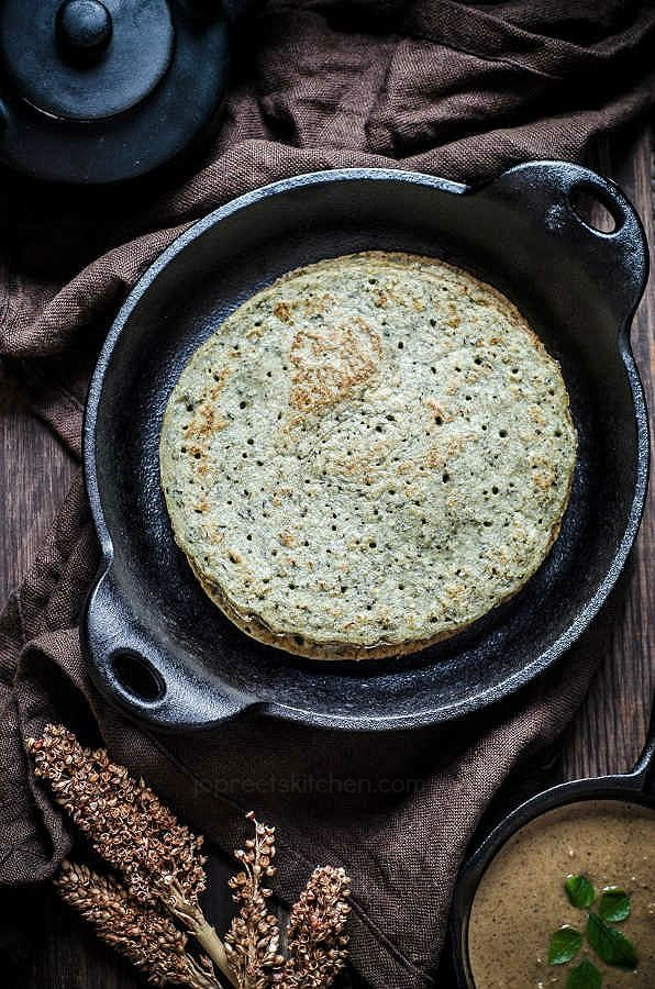 Bajra Dal Cheela / Kambu Adai / Pearl Millet & Lentils Crepe #vegan #indianfood #foodphotography #foodstyling