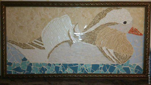 """Панно """"Утенок"""", сделанное из керамики в мозаичной технике. В раме. Возможно изготовление на заказ, точное повторение невозможно. Материалы:керамика. Размер: 44(ш)*85(д)см."""