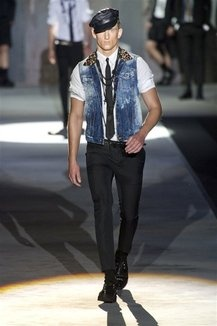 Dsquared2 primavera/estate 2013 ©IMAXtree.com/Armando Grillo