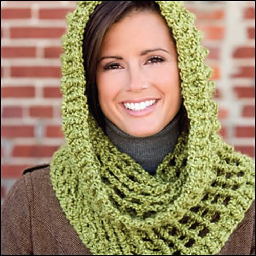 Quick-Stitch Cowl. Made with Homespun. Looks super easy ...