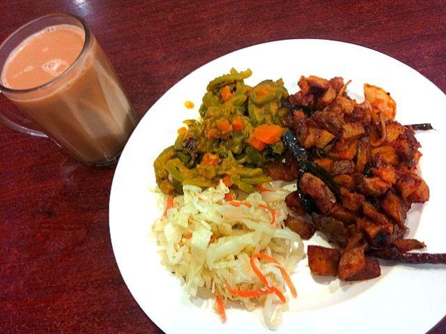 レシピとお料理がひらめくSnapDish - 11件のもぐもぐ - Indian vegetarian and tea tarik by Jorge Bernal Márquez