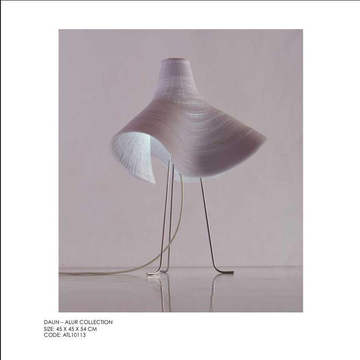Daun Table Lamp