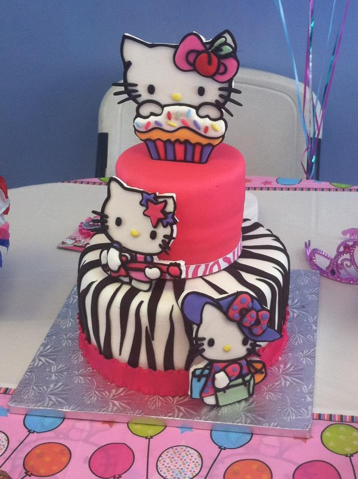 17 Best images about Hello Kitty Cake on Pinterest ...