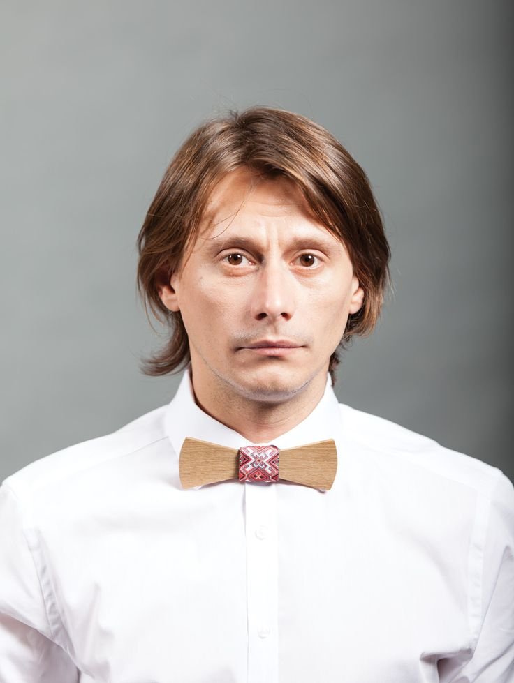Marius Manole, a great romanian actor, is wearing Don Papillon wood bow tie, making it a must-have for any sophisticated man.