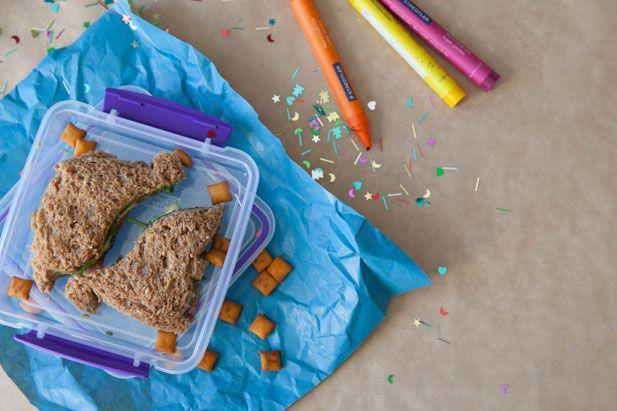 http://www.yuppiechef.co.za/kitchen-craft-kids.htm?id=4592=Kitchen-Craft-Lets-Make-Sandwich-Crust-Cutters