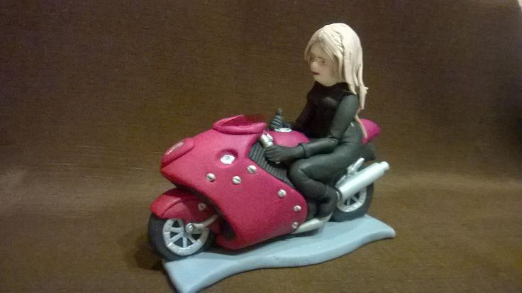 Ozdoba cukrowa - motor z dziewczyną Gumpaste Fondant