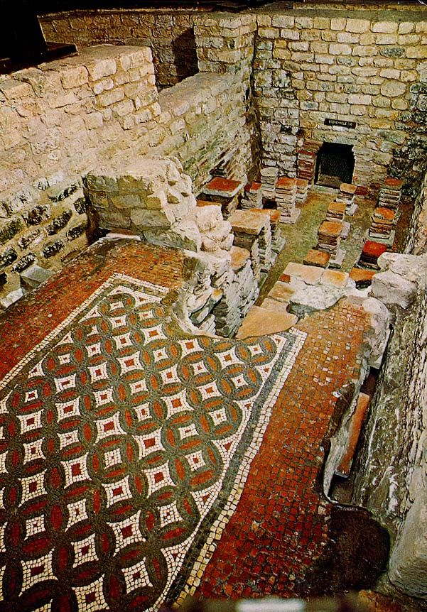 Detail of mosaic in baths at Chedworth Roman villa, 4°s ap JC Glouchestershire
