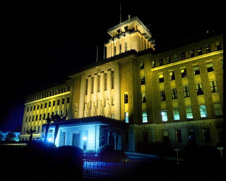 神奈川県庁本庁舎(キング)の夜景 みなとみらい 横浜三塔 ナイトビュー レトロ建築
