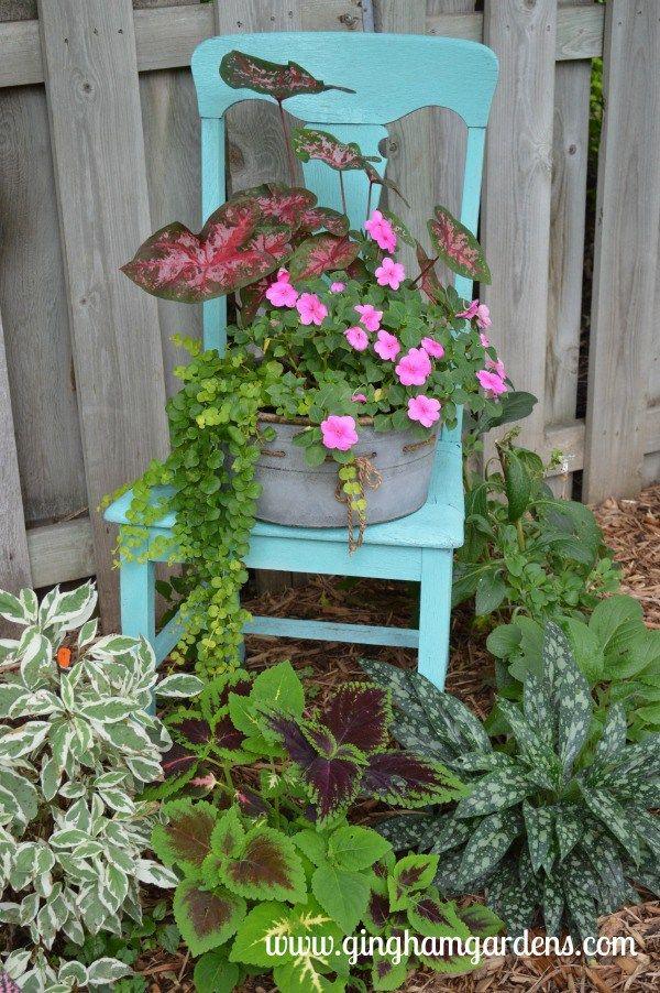 Upcycled Vintage Garden Decor Garden Pinterest Garden, Vintage