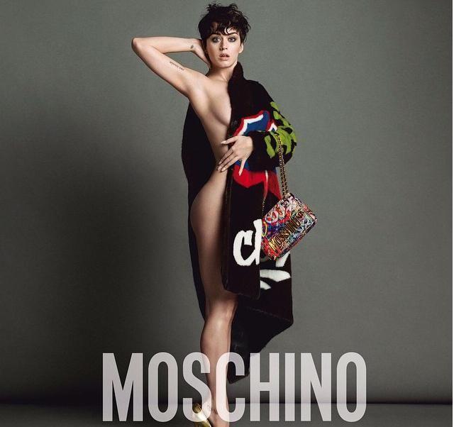 Katy Perry posa sin ropa interior para Moschino