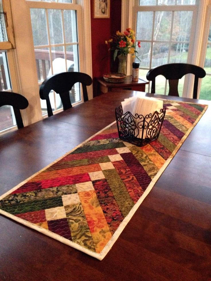 Braid table runner - such pretty colors.