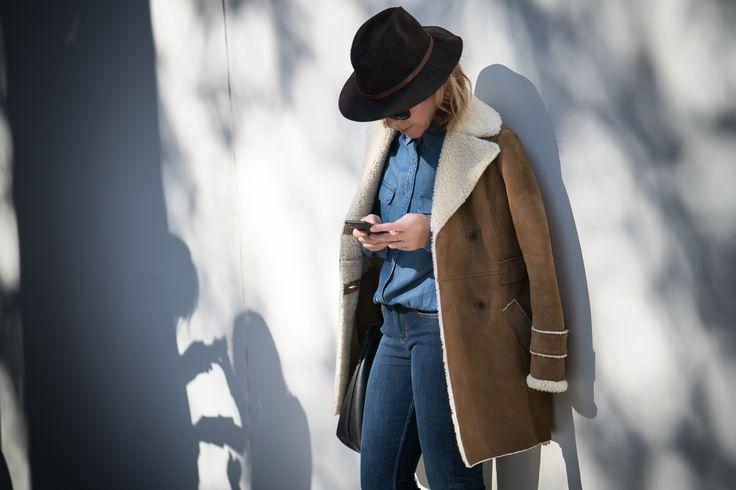 Fanny du blog Play Like a Girl porte la peau lainée Comptoir des Cotonniers à découvrir ici http://www.comptoirdescotonniers.com/eboutique/l5772-peau-lainee?utm_source=pinterest_page&utm_medium=social_media&utm_term=cible_FR&utm_campaign=avh_peaulainee