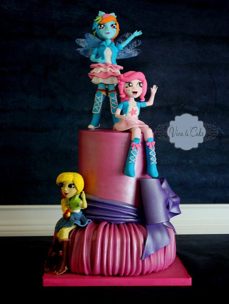 Viva La Cake I Blog: How to: Pleated cake Effect