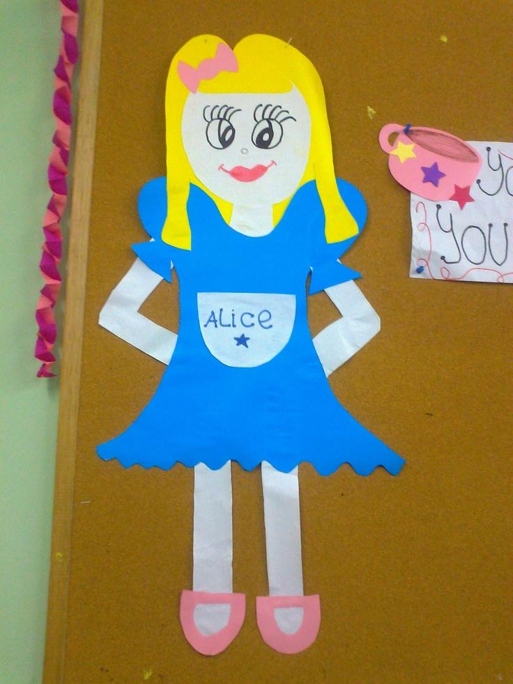 7 best images about alice in wonderland on pinterest for Alice in wonderland crafts